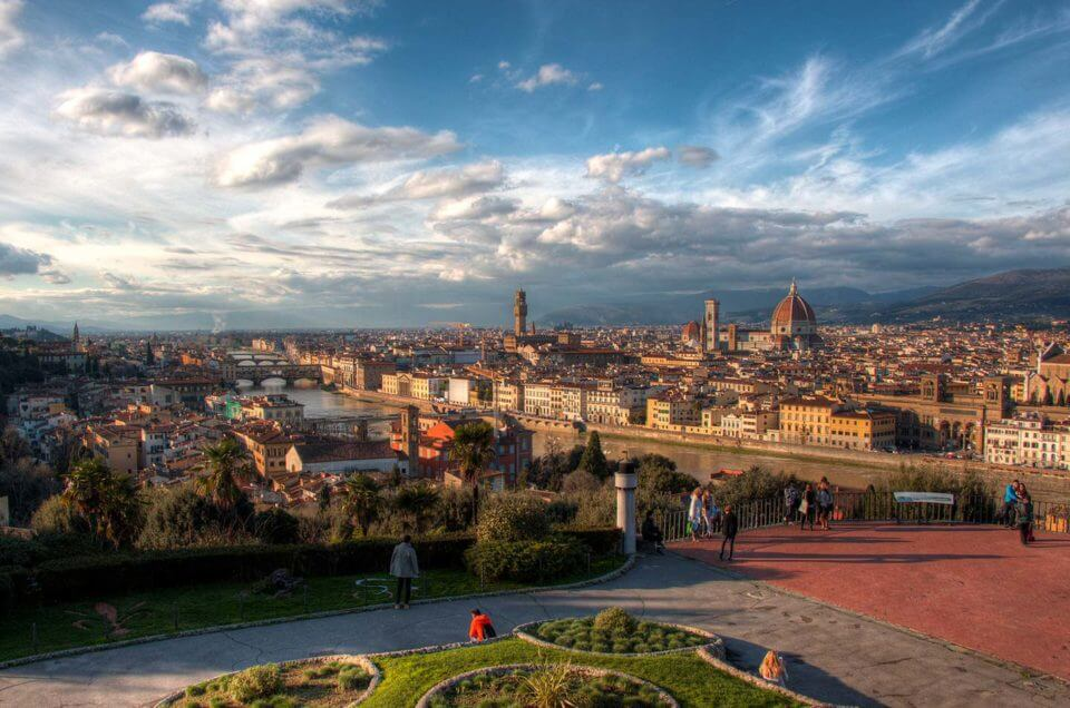 Week 2 in Italy: Classes, Piazzale Michelangelo & Pisa